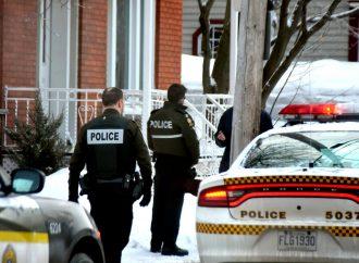 Arrestation d'un individu pris en flagrant délit d'introduction par effraction à Drummondville