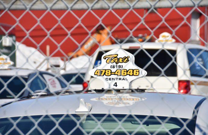 Interruption du service de Taxi et taxibus à Drummondville en raison de la grève nationale de l'industrie du taxi – Projet de loi 17
