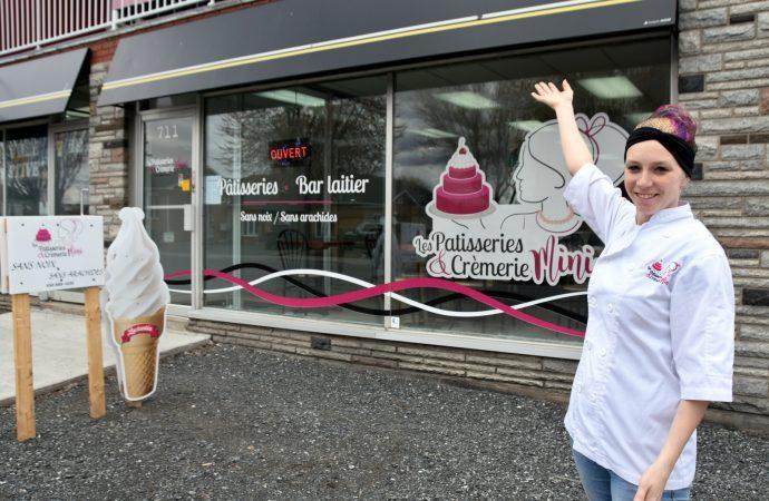 """Ouverture officielle du nouveau commerce """"Les pâtisseries et crèmerie mini"""" à Drummondville"""