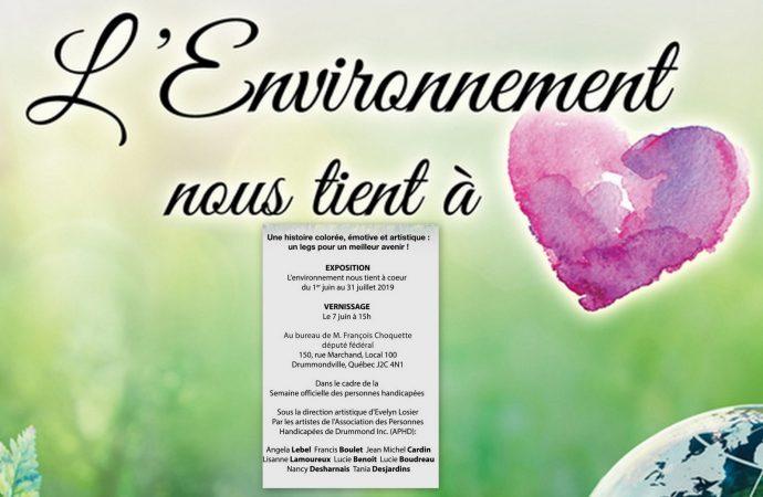 """L'artiste pluridisciplinaire Evelyn Losier organise une exposition intitulée """"L'environnement nous tient à cœur""""."""