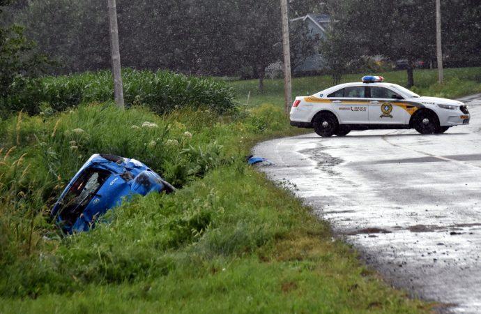 Violente embardée sur le 12e rang à Sainte-Clotilde-de-Horton près de Drummondville