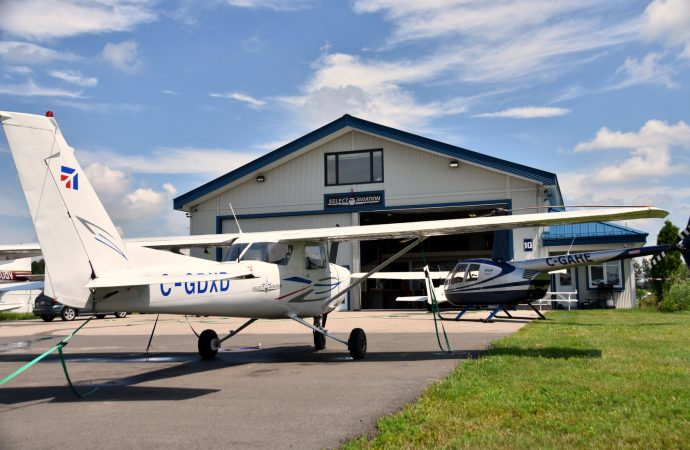 Aéroport de Drummondville – Règlement de la poursuite entourant l'école de pilotage, Sélect Aviation annonce son départ