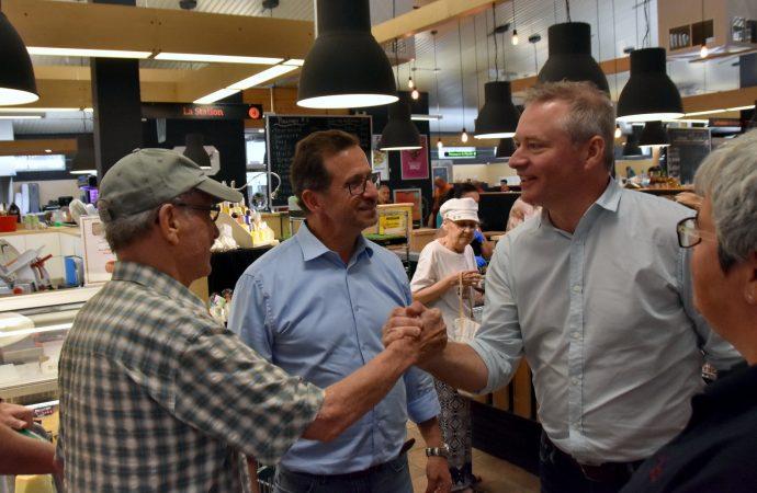 Le candidat bloquiste Martin Champoux invite la population à continuer d'acheter local