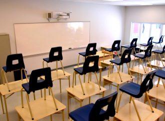 La CSDC doit suspendre toute opération de récupération de matériel dans ses écoles