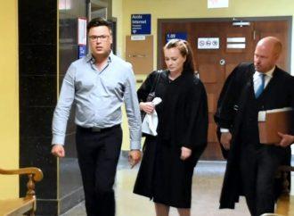 Procès du Dr Vincent Simard, les deux présumées victimes d'agression sexuelle témoignent