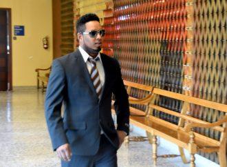 Yonmanuel Perez-Capellan est acquitté des 19 chefs d'accusation à caractère sexuel sur des mineures qui pesaient contre lui.