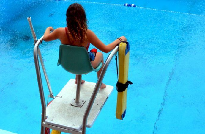 Sauvetage d'une nageuse et atlhète à l'Aqua complexe de Drummondville