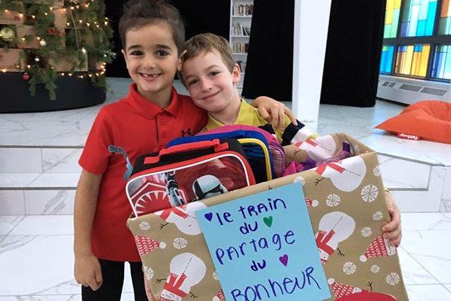 Au Collège Saint-Bernard, petits et grands se côtoient généreusement pour le temps des fêtes