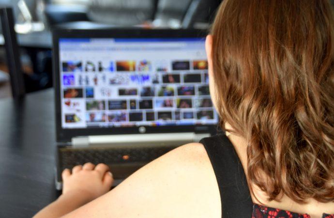 Leurre informatique – Délits de nature sexuelle perpétrés via les médias sociaux