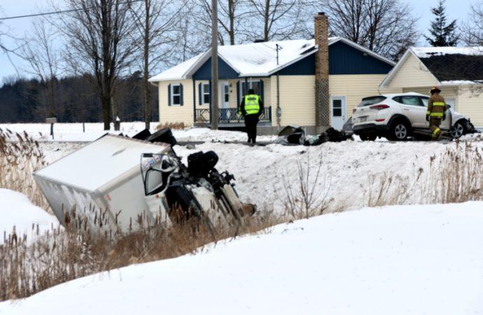 Une femme perd la vie dans un accident sur la route 122 à Saint-Guillaume