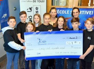Des jeunes de l'école primaire Saint-Louis-de-Gonzague fiers de promouvoir la vie