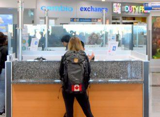Les restrictions de voyage au Canada restent en vigueur pour les fêtes de juillet