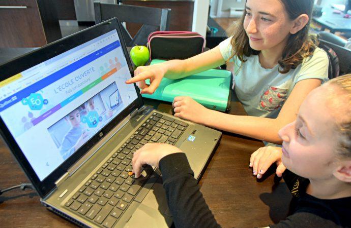 Éducation : Virage numérique, Québec achète 200 000 tablettes et ordinateurs portables pour les élèves