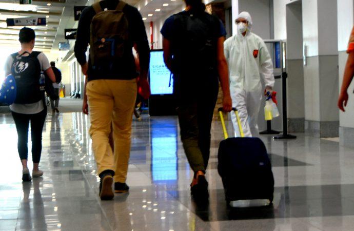 Dès le 7 janvier Ottawa exigera des voyageurs un test négatif au dépistage de la COVID-19