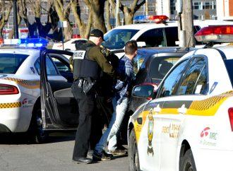 Un fuyard arrêté à Drummondville en moins de temps qu'il n'en faut pour dire ''poursuite policière''