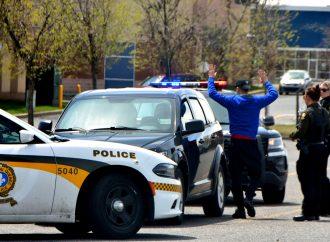 La vigilance d'une employée de la CIBC permet aux policiers d'arrêter trois présumés fraudeurs à Drummondville