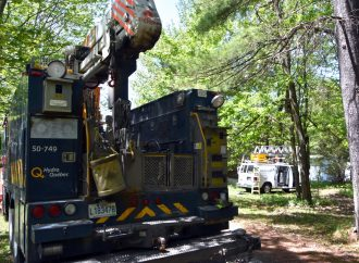 Un travailleur de télécommunication électrisé près de Drummondville
