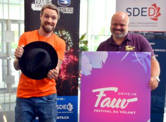 """Les gros noms de l'humour seront du """"Festival au volant"""" au Centrexpo Cogeco à Drummondville !"""
