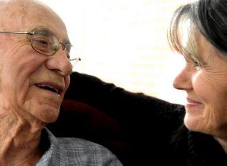 Québec annonce près de 3,8 M$ pour soutenir le maintien d'activités destinées aux personnes aînées