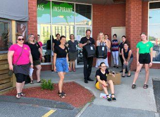 Distribution auprès des familles « Les petits bonheurs organisent une 2 e tournée » à Drummondville