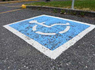 Une loi qui fera la différence dans la vie de plusieurs personnes handicapées, leur famille et leurs proches à Drummondville