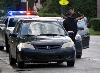 Arrêté après avoir grillé un stop …à 100 km/h dans un quartier résidentiel de Drummondville