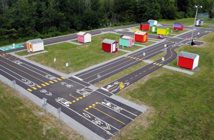 Parcours de vélo éducatif : La Commission de la toponymie et de la reconnaissance civique de la Ville consulte les jeunes