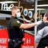 Alcool au volant – Un conducteur percute un commerce et tente de quitter avant l'arrivée des policiers