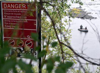 Les plongeurs de la SQ ont dû mettre fin aux recherches sans avoir retrouvé le pêcheur disparu