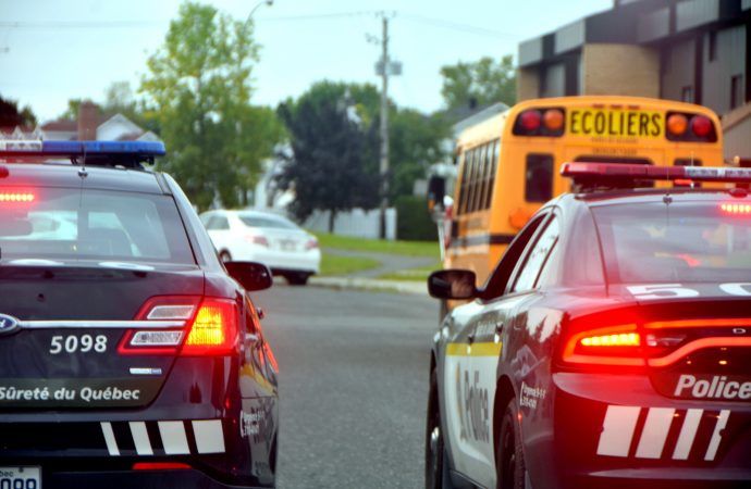 Un chauffeur d'autobus scolaire en retard a causé tout un émoi à Drummondville