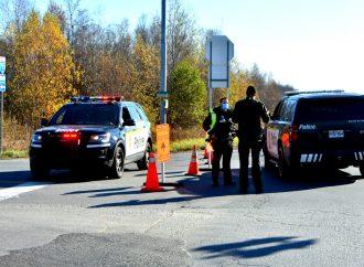 Un conducteur pressé percute deux véhicules dont ….un véhicule de la Sûreté du Québec