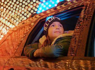 ILLUMI – Féerie de lumières Illumi offre une expérience en voiture, à pied ou en petit train