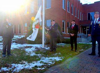 Le maire de Drummondville a lancé la campagne du coquelicot qui souligne le jour du Souvenir à Drummondville