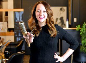 La Drummondvilloise Vicky Busque proclamée « Styliste Québec de l'année » et gagnante de la catégorie « Texture de styliste »