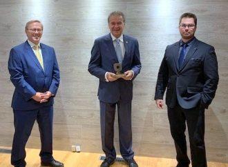 Me Normand Jutras reçoit le Mérite du Barreau d'Arthabaska
