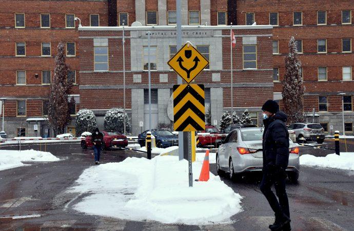 Covid-19: le Québec demeure sous la barre des 1500 nouveaux cas et diminution des cas actifs au Centre-du-Québec