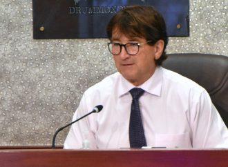 Élections municipales – Alain Carrier rencontre les citoyens et demande un mandat fort