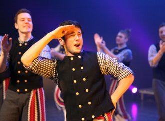 De grands spécialistes de la danse traditionnelle chez Mackinaw