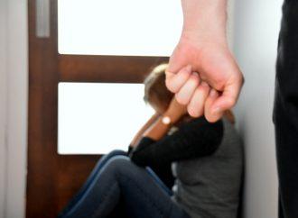 Aide financière d'urgence : une solution supplémentaire pour la sécurité des femmes victimes de violence conjugale