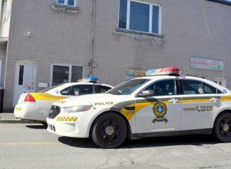 Crack, cannabis, méthamphétamines et faux billets, la SQ procède à deux arrestations à Drummondville