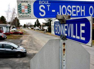 Place Bonneville – Un dossier chaotique pour les citoyens qui a assez duré dit le maire Carrier