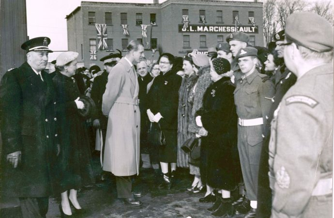 Il y a 70 ans, Drummondville faisait un accueil triomphal au Prince Philip et à la princesse Élizabeth. …raconte-moi l'histoire par André Pelchat
