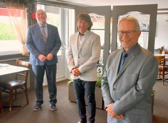 Élections municipales : Louis Raîche et Guy Nobert joignent l'équipe d'Alain Carrier à Drummondville