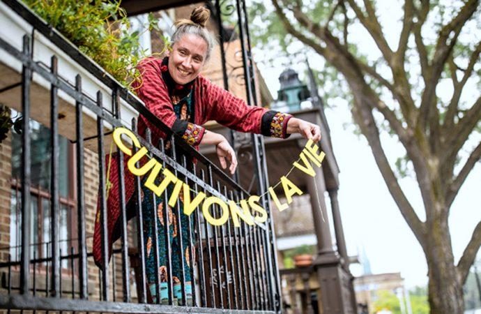 L'artiste visuelle Patsy Van Roost créera en collaboration avec les Drummondvillois lors d'une résidence unique