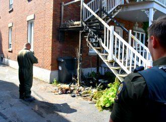 Les policiers de la SQ enquêtent sur une série d'incendies suspects à Drummondville