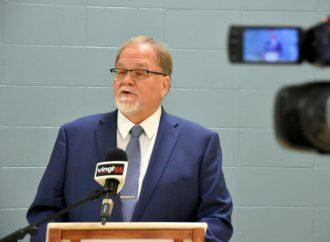 Élections municipales – Course à la mairie de Drummondville: Yves Grondin appuie Stéphanie Lacoste